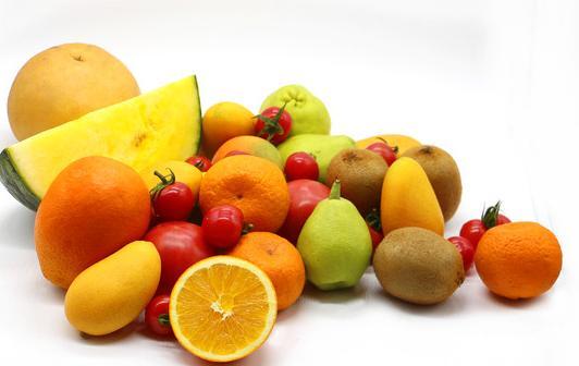 什么水果和蔬菜含有丰富的维生素C.E